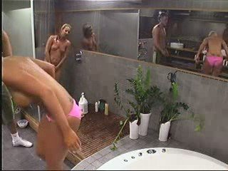 Big Brother Sweden/Norway – Jessica and Anna Shower